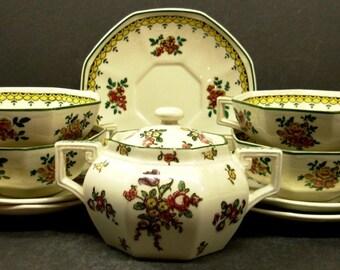 Royal Doulton China Duesbury Old Leeds Pattern, Sugar Bowl, 4 Bouillon Soup Cups, 5 Saucers, D4482