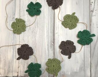 Crochet four leaf clover garland, bunting, banner, Irish, good luck, St Patrick's day, farmhouse
