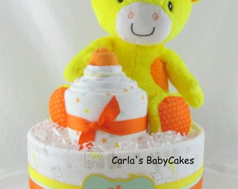 Giraffe diaper cake | Baby diaper cake | Baby shower decoration | Baby shower gift | New mom gift | Yellow diaper cake | Corporate baby gift