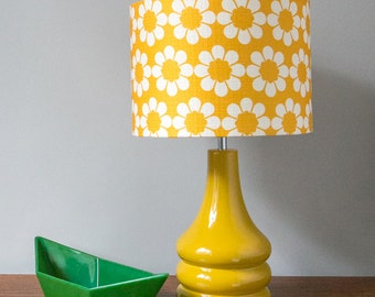 Vintage Flowers Golden Yellow Ceramic Table Lamp