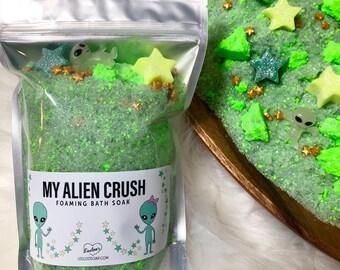 MY ALIEN CRUSH | foaming bath soak | fizzing bath soak | alien bath | space bath | mint | glow in the dark alien |  space themed | cosmic