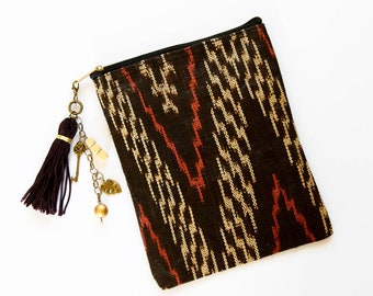 Vintage Tinalak Pouch Purse, Indigenous Filipino Fabric, Makeup Kit, Zippered Pouch, Ikat Purse, Geometric Purse Pouch, Tinalak Bag,