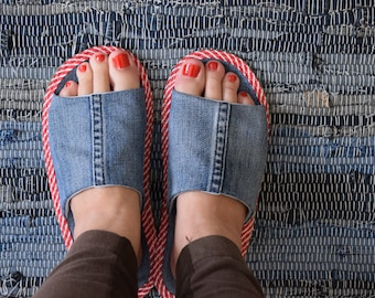 Jeans slippers,denim slippers, recycled jeans slippers,man slippers,women slippers,kids slippers