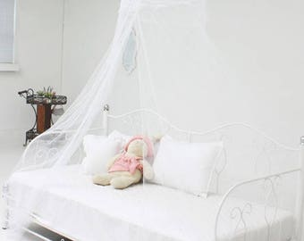 White Bed Canopy - Princess Bedding