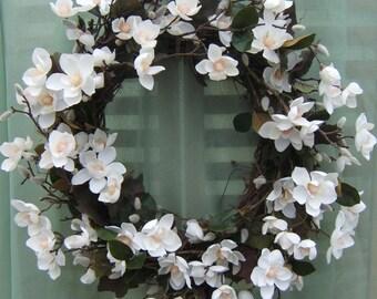 CLASSIC WHITE MAGNOLIA Wreath, Summer Wreath, Spring Wreath, White Wreath, Wedding Wreath, Silk Floral Wreath, Door Wreath, Wreaths,
