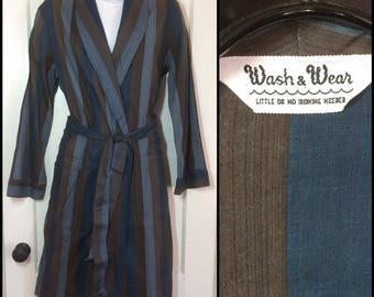 1960's light weight Summer Striped long belted Robe looks size Medium by Wash -n- Wear Brown Blue wide stripes