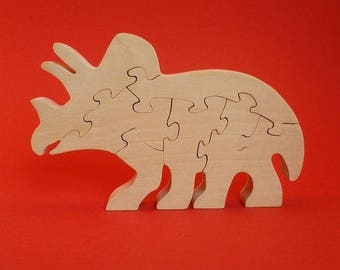 wooden dinosaur: triceratops, decorative (7 p)