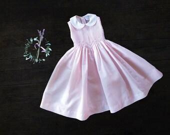 Girls Vintage Dress - Vintage Girls Smocked Dress -  size 4 T