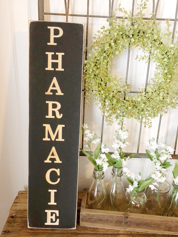 Pharmacie Wood Engraved Sign