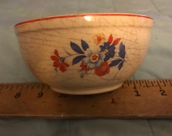 Vintage Universal Cambridge Small Mixing Bowl