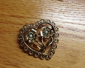 Vintage Goldtone Heart and Floral Faux Pearl Pin/Brooch