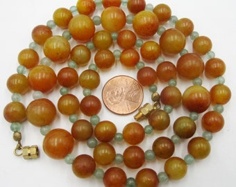 Vintage apple coral ? & jade beads necklace