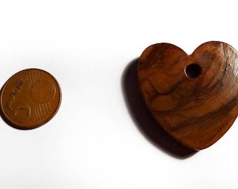 A big heart wooden varnish 40 mm