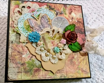 Very Shabby Chic and Vintage Themed Mini Album