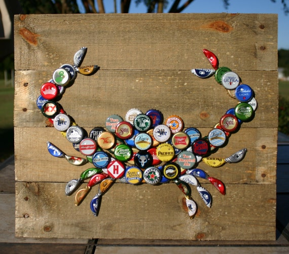 Crab wall art with mixed bottle caps on pallet wood for How to make beer bottle cap art