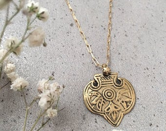MALTA - Gold coin bird necklace | hammered pendant | layered necklace | boho jewelry | gold chain medallion necklace