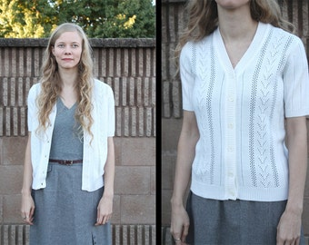 Vintage 70s 80s White Chevron & Open-Work Stripe Knit V-Neck Button Up Short Sleeve Cardigan Sweater - M Med