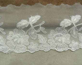 LACE of CALAIS - 10 cm - white - embroidered on tulle