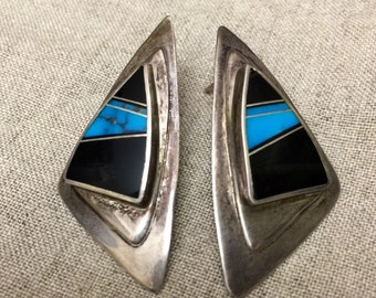 Vintage Sterling Silver Native American Zuni Turquoise earrings