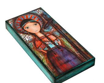 Saint Kateri - Giclée-Druck auf Holz (3 x 6 Zoll) Volkskunst von FLOR LARIOS aufgezogen