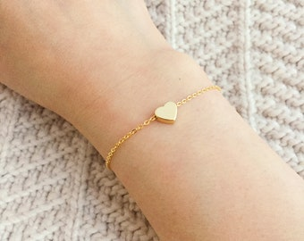 Dainty Gold Heart Bracelet / Tiny Heart / Bridesmaid Bracelet / Delicate Gold Layering Bracelet / Gold Layering Bracelet / Gift for Her