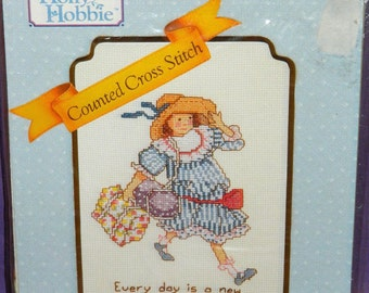 vintage Holly Hobbie Every Day Is A New Adventure Counted Cross Stitch Kit 55205 1990