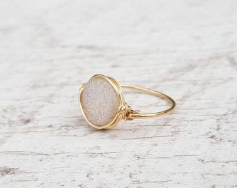 White Druzy Ring/statement ring/gold ring/Minimalist Druzy Ring/Delicate Druzy Ring/Wire Wrapped Jewelry/gift for her/gold filled ring