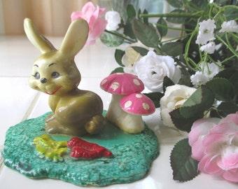 ENESCO Rabbit Figurine * Vintage Plastic * 1980