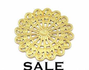 Brass Filigree Circle Pendants (4X) (V306) SALE - 25% off
