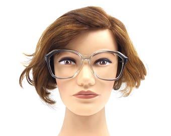 vintage. glasses. 60s. retro. boho. men. eye glasses. vintage glasses. clear. gray. bohemian. plastic. women