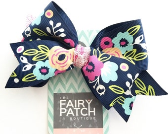 Floral hair bow, hair bows, girls hair bow, hair accessories, navy hair bow, flower hair bow, gift for girls, gift for her, best friend gift