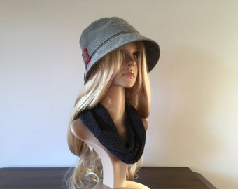 Grey 1920s inspired cloche hat, size 58 to 60 cm