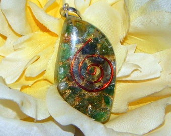 HEART CHAKRA Orgone pendant - Handcrafted gemstone Reiki Crystal Necklace - Aventurine Fluorite copper