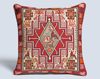 Vida Kilim Cushion Cover