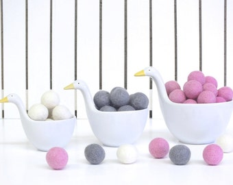 Felt Ball Garland, 30 balls for 2meters(7ft), White Pink Grey Garland, Girl room decoration, Christmas SALE