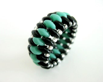 Super Duo Peyote Ring / Beaded Ring in Turquoise, Black and Silver / Seed Bead Ring / Size 7 Ring / Superduo Ring / Beadwork Ring