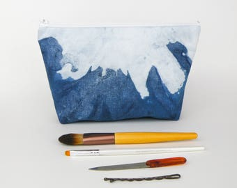 Indigo Shibori Dye Makeup Bag - Blue White Pencil Case - Shibori Fabric Bag Indigo Zipper Pouch - Hand Dyed Fabric Pouch - Handmade