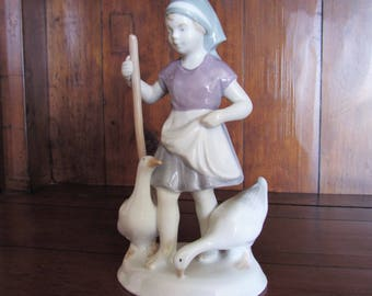 1960s Graefenthal Lippelsdorf porcelain figurine East Germany GDR crown mark Fine Vintage girl with geese figure ornament