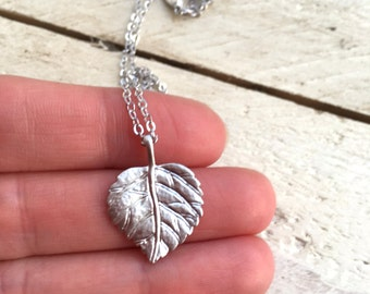 Silvery Leaf Pendant, Textured Leaf Shaped Charm Necklace , Gift for Her, Tree Forest Lover Jewelry