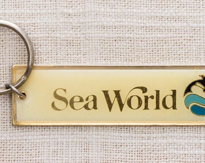 Sea World Vintage Keychain Dolphin Key FOB Brass Key Chain Florida Seaworld Summer Vacation Keyfob Souvenir Travel Items Vacation Key 7KC