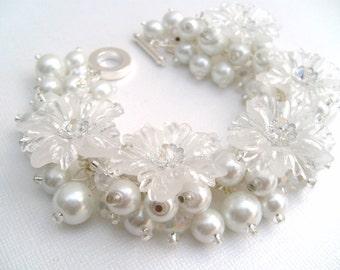 Bridal Jewelry, Wedding, White Pearl Bridesmaid Bracelet, Snowflake, Winter Wedding, Bridesmaid Jewelry, Cluster Bracelet, Pearl Bracelet