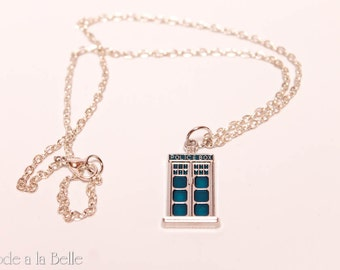 Doctor Who TARDIS - charm necklace/earring set