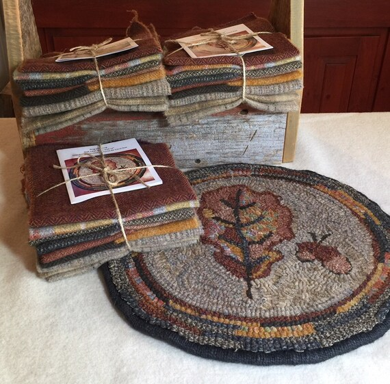 """Primtive Rug Hooking Kit for """"Oak Leaf"""" Chair Pad  14"""" Round/Fall Hooked Rug/Primitive Chair Pad/ Hooked Table Mat/Pillow  K141"""