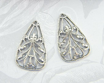Antiqued Silver Filigree, Earring Dangle, Filigree Charm, Brass Pendant 17mm x 25mm - 4 pcs. (sl110)