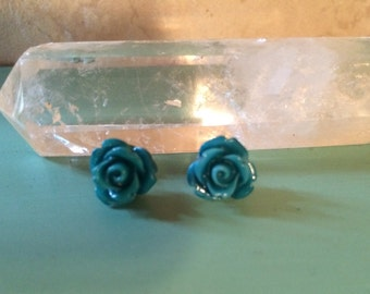 Delicate Rose Earrings (2 colors)