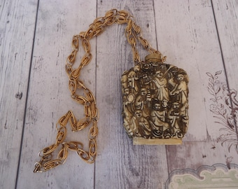 Vintage HOBE Carved Snuff Bottle Necklace, Fancy Gold Tone Chain
