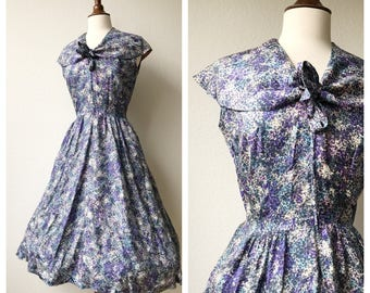 Vintage 1950s collared purple and blue rain dress sz xs to s
