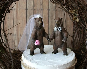 wedding-bear-cake topper-grizzly bear-brown bear- country-animal-rustic-bride-groom-Mr and Mrs-woodland-zoo-circus-camouflage-hunter-hunting