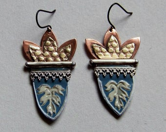 Recycled  tin earrings, brass, copper, silver  gallery  * 888-5