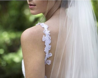 Blusher or Fingertip bridal veil on comb